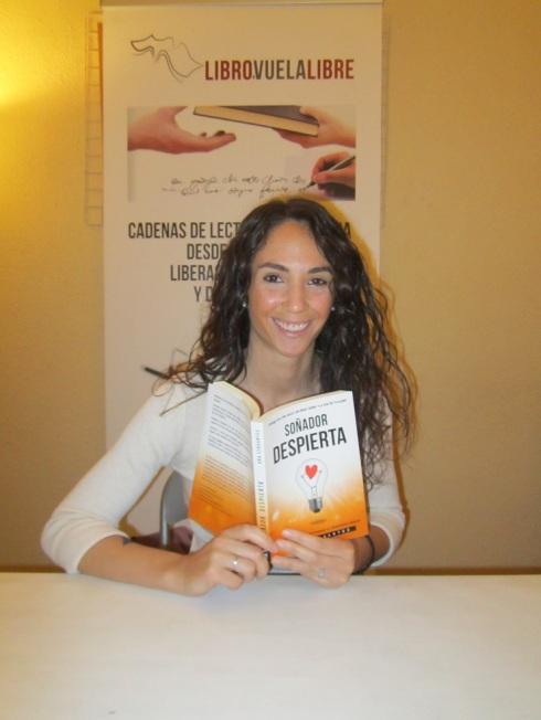 Ana Cervantes visita la sede de los talleres de escritura de LIBRO, VUELA LIBRE en Valencia